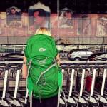 Mein Lowe Alpin Rucksack und ich am Bangkok Airport