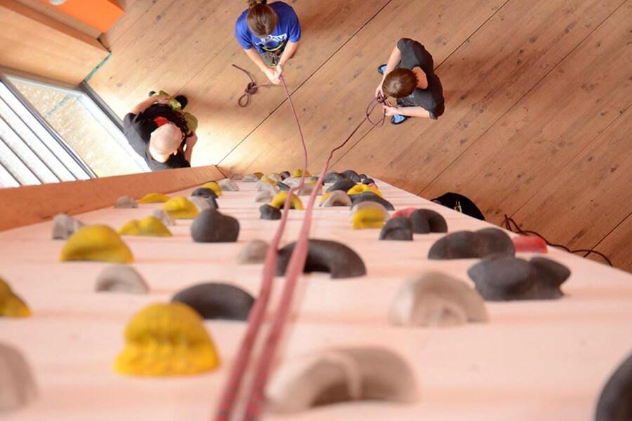 Sportklettern Teil 2: Klettern in der Halle