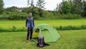 Bei der Arbeit: Wir testen euer nächstes Zelt!