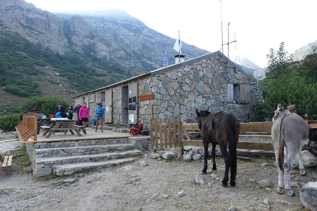 Fernwanderweg GR 20 auf Korsika. 7. Etappe vom Refuge de Manganu zum Refuge de Petra Piana