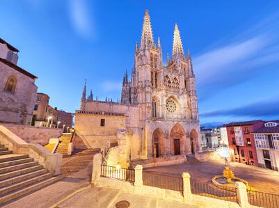 Kathedrale in Burgos. Auf der Route Jakobsweg Spanien gibt es viele Klöster und Kathedralen.