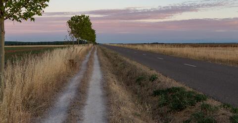 Reliegos, Ziel der 18. Etappe. Dieser Punkt des Jakobswegs hat viel Abwechslung zu bieten.