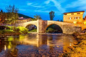 Zubiri - schöne Brücke auf dem Jakobsweg Spanien