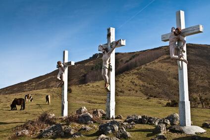 Auf dem Weg zum zum Col des Veaux. Das ist das Ziel der vierten Etappe auf diesem Fernwanderweg durch die Pyrenäen.
