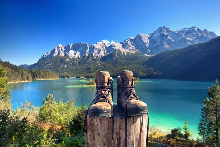 Wandern in den Bergen - aber nur mit passenden Wanderschuhen!