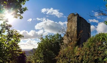 Der Eifelsteig Etappe 14 bis Kordel, vorbei an der Burg Ramstein.