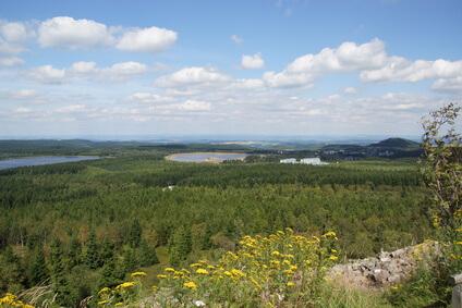 Blick vom Kahleberg im Osterzgebirge. Auf Etappe 1 des Kammwegs.