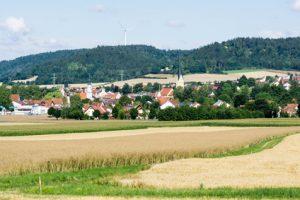 Altmühltal-Panoramaweg Etappe 8 - tolle Landschaften bieten sich dem Auge auf dem gesamten Weg zum Etappenziel Diefurt
