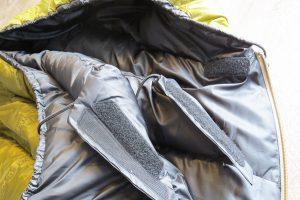 Klettverschluss beim Wärmekragen