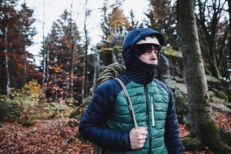 Beim Klettern macht man mit der Spire Mimic Jacke auch eine Gute Figur